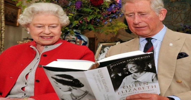 Королева Англии ЕлизаветаII хочет отречься отпрестола