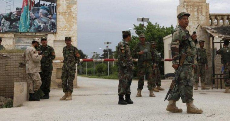 Руководитель Минобороны Афганистана ушел вотставку после погибели 140 военных