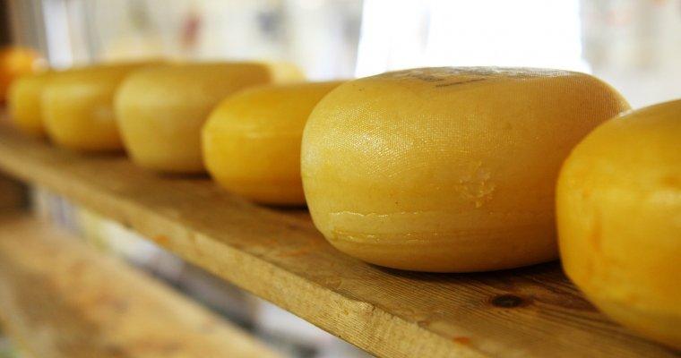 Четверо граждан Удмуртии обвиняются вкраже сыра на2 млн. руб.