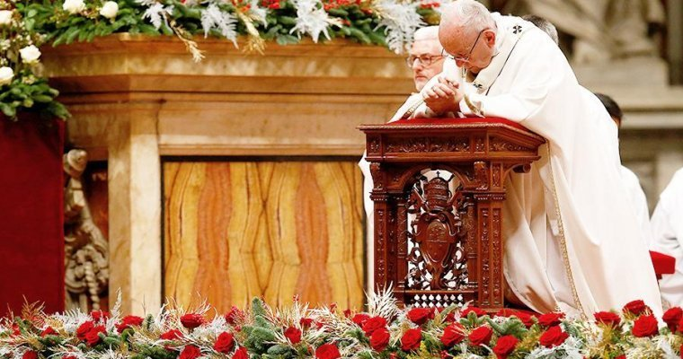 Папа Римский врождественском послании попросил мира для государства Украины