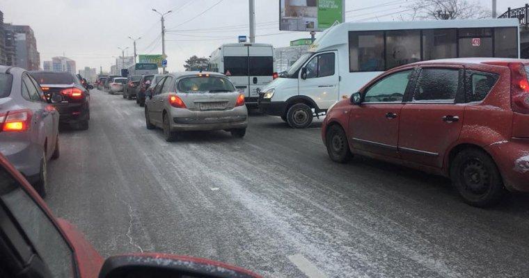 Снегопад вЧелябинской области стал предпосылкой 9-бальных пробок
