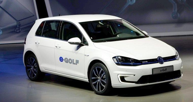 VW удвоит производство e-Golf из-за увеличения спроса наэлектрокар