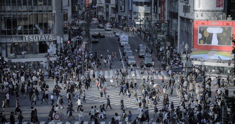 Нижняя палата парламента Японии одобрила законодательный проект оботречении императора Акихито