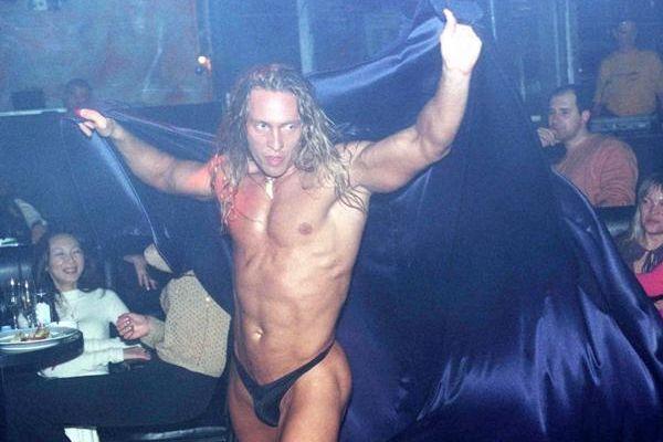 tarzan-seks-striptizer