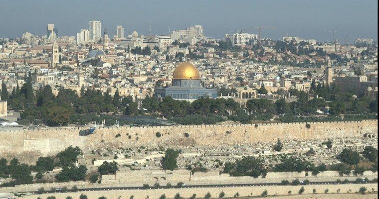 ВИерусалиме завершили первую за200 лет реставрацию Гроба Господня
