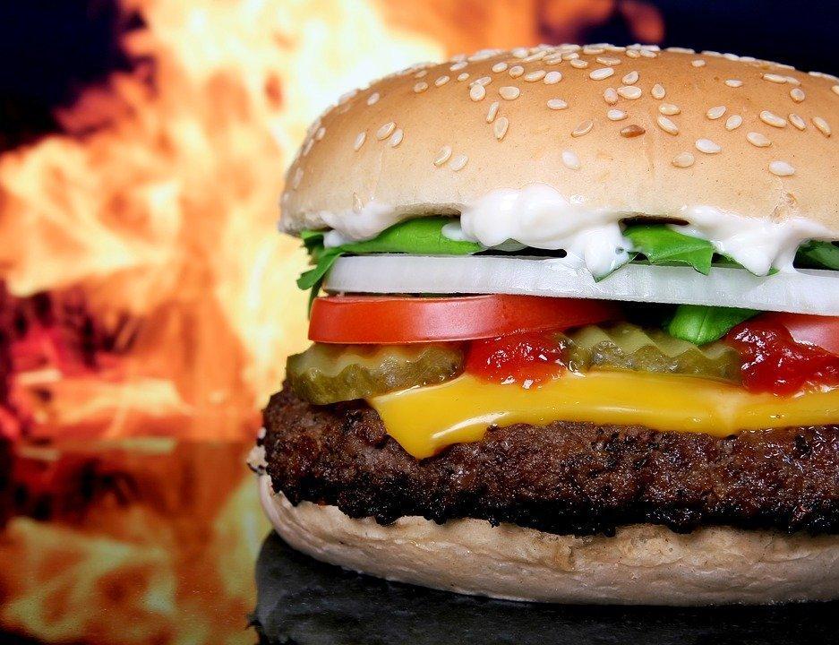 Прибыль McDonald's в Российской Федерации снизилась впервый раз за19 лет