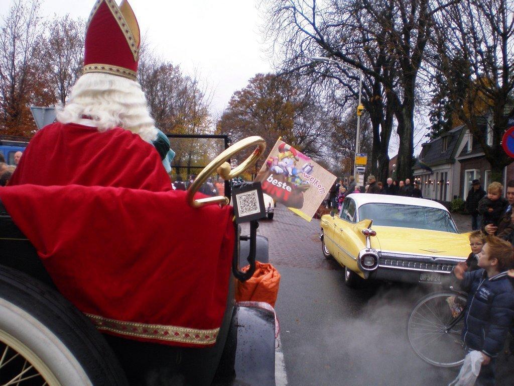 Бельгийскому Санта-Клаусу разрешили нарушать коронавирусные ограничения