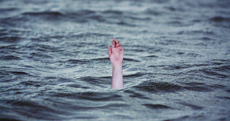 Находящийся под домашним арестом оренбургский чиновник спас тонущую девушку