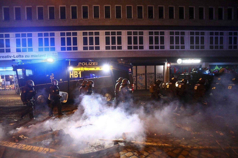 Четверо полицейских получили ранения при беспорядках вГамбурге