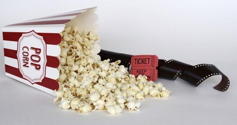 Том Круз и Джонни Депп стали номинантами на «Золотую малину»