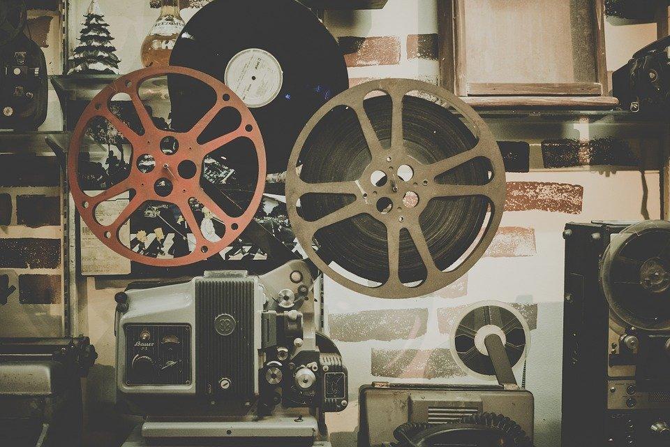 Государственная дума приняла закон опоказе фильмов накинофестивалях без прокатного удостоверения