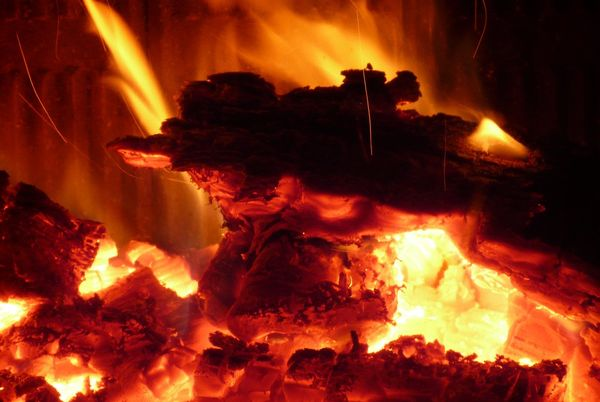 Семья ижевчанина— супруга идвухлетний ребенок— сгорели впожаре