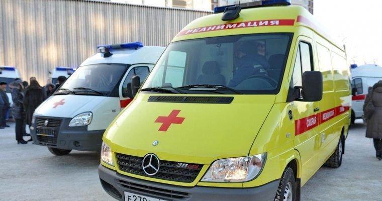 Медучреждения Удмуртии получили новые автомобили скорой помощи
