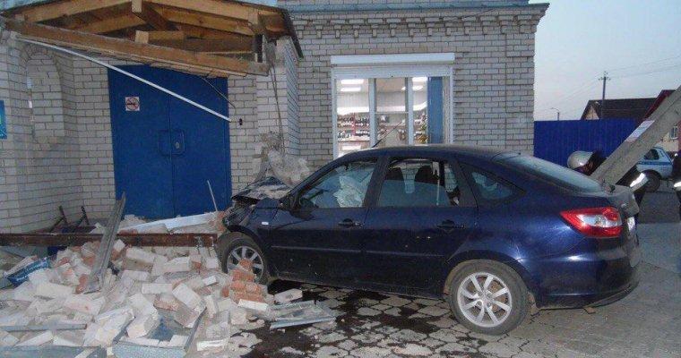 Граждане Удмуртии собрали деньги впомощь пострадавшей вДТП вКамбарке девочке