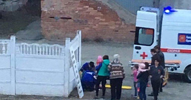 ВОрске наголову пятилетнему ребенку рухнула бетонная плита