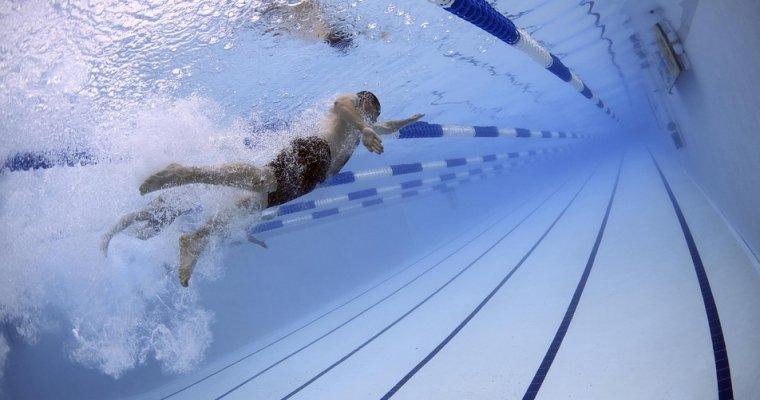 Уамериканских пловцов отобрали золотоЧМ иотдали его россиянам
