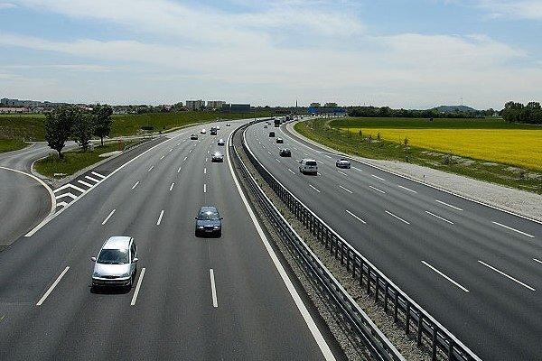 В Украине появятся скоростные автобаны: все подробности 1