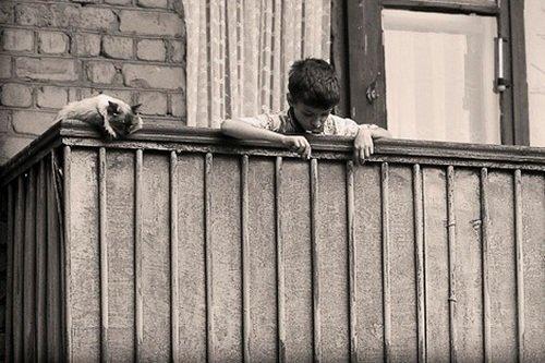 Сусанин / балкон, на котором находился 5-летний ребёнок, рух.