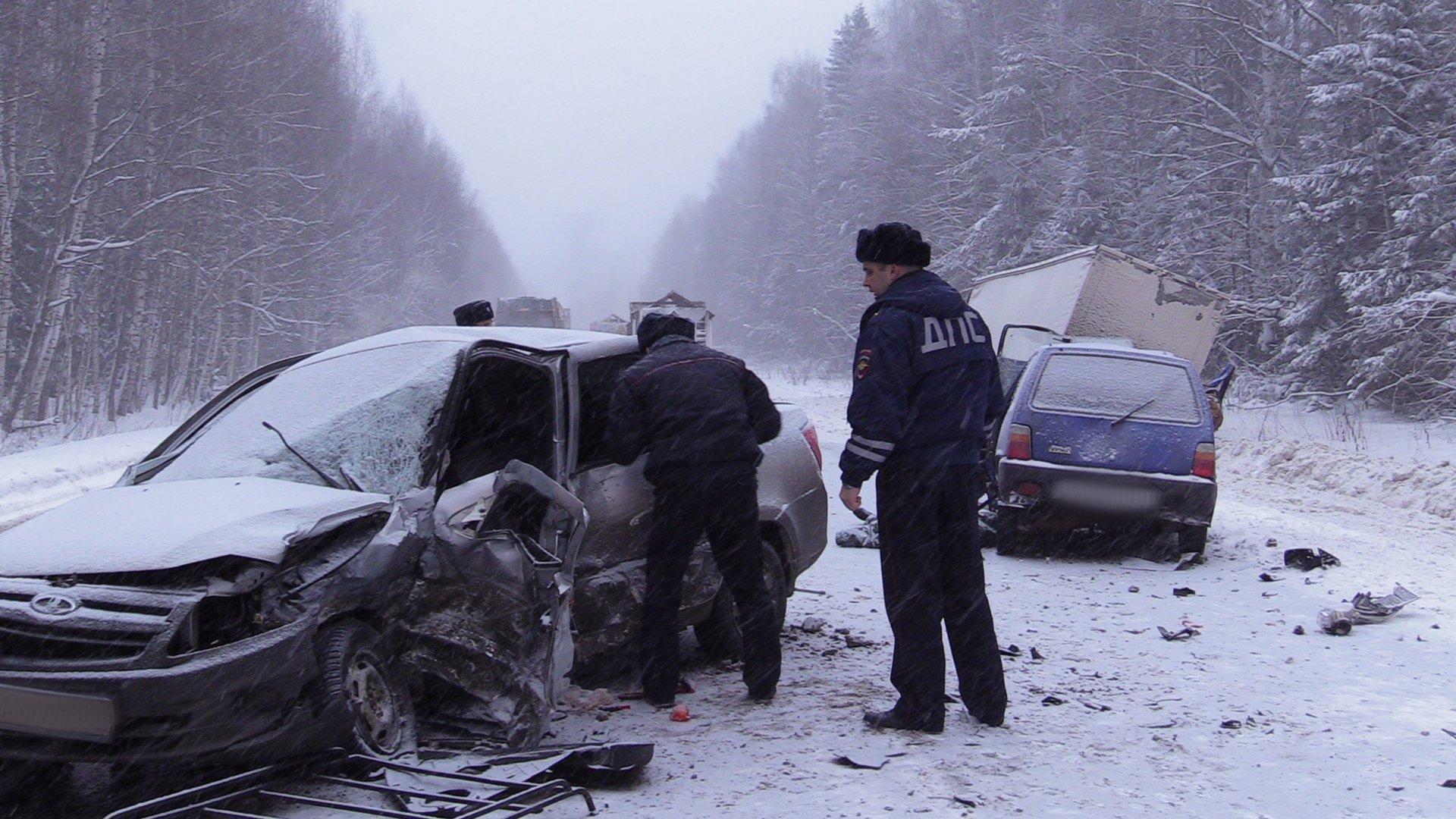 22.01 дтп Ижевск-Воткинск 2 погибших (1).JPG